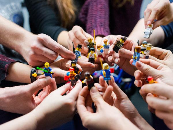 Gezieltes Teambuilding durch unsere Pen&Paper4Business-Abenteuer-Titelbild